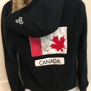 Aritzia TNA Limited Edition Olympic Canada